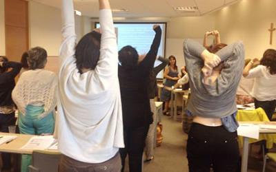 Ejercicios de Yoga para trabajar en el aula y Niños que triunfan